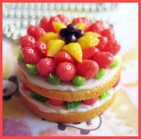 Fruit_and_Cream_Cake_