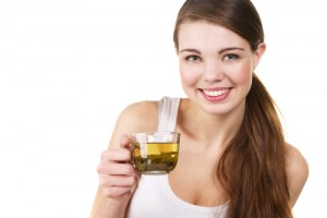 Woman-Drinking-Green-Tea