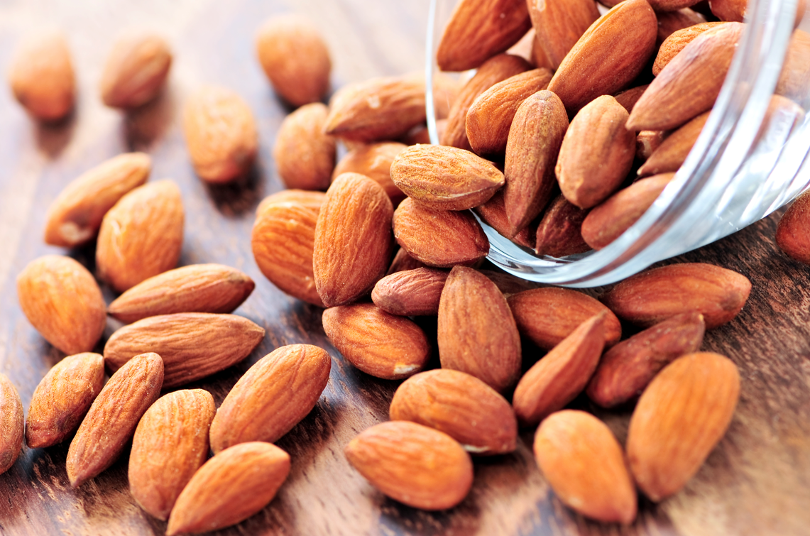 Love almonds - its beneficial properties are undeniable 91