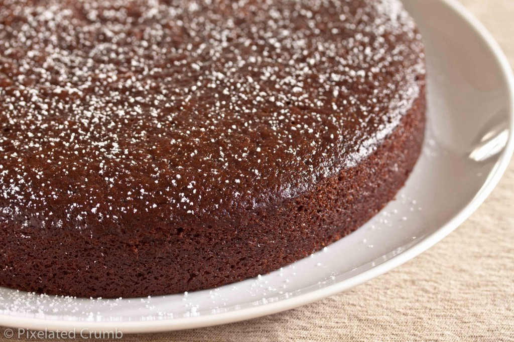 Should You Put Frosting On When The Cake Is Hot
