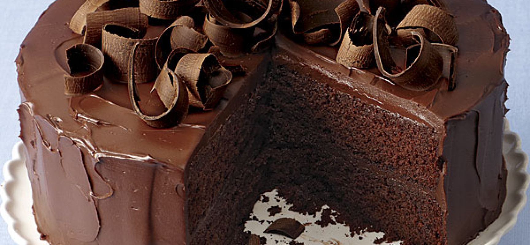 Satisfy Your Sweet Tooth With An Egg Less Chocolate Cake !