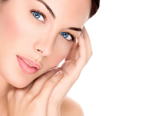 FIVE ESSENTIAL NUTRIENTS FOR HEALTHY SKIN AND WHERE TO FIND THEM!!