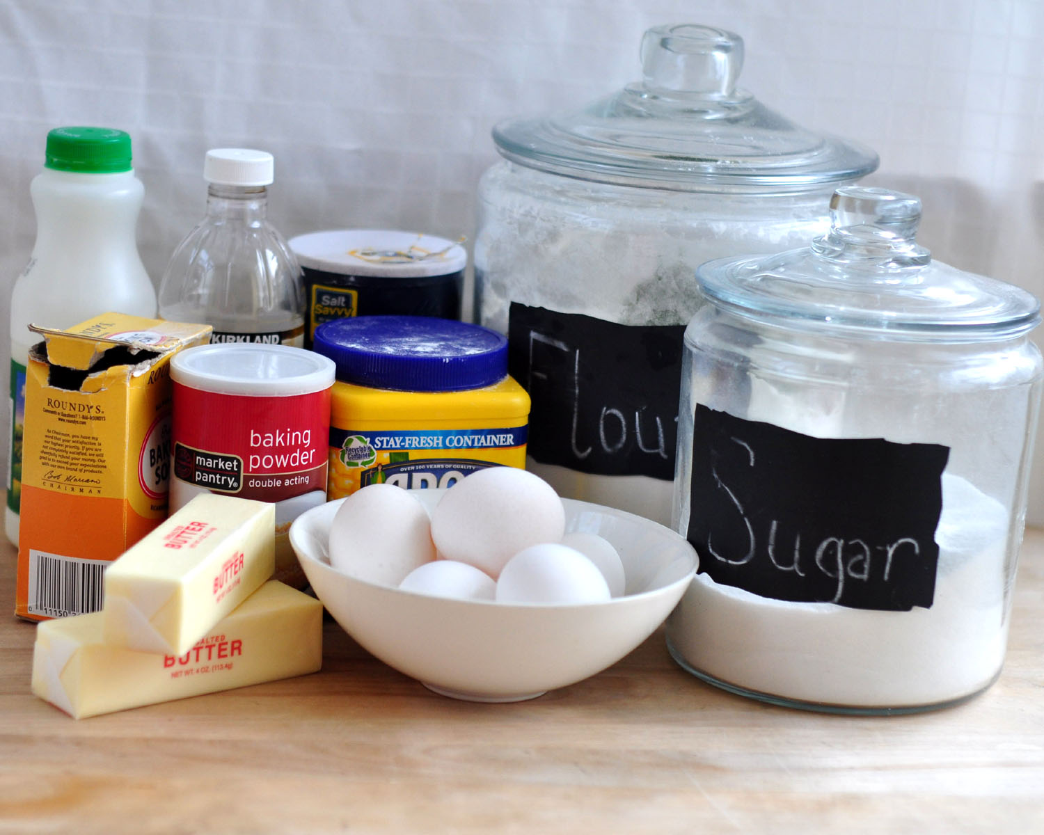Tips and tricks for easy baking crave bits for What are the ingredients to make a cake
