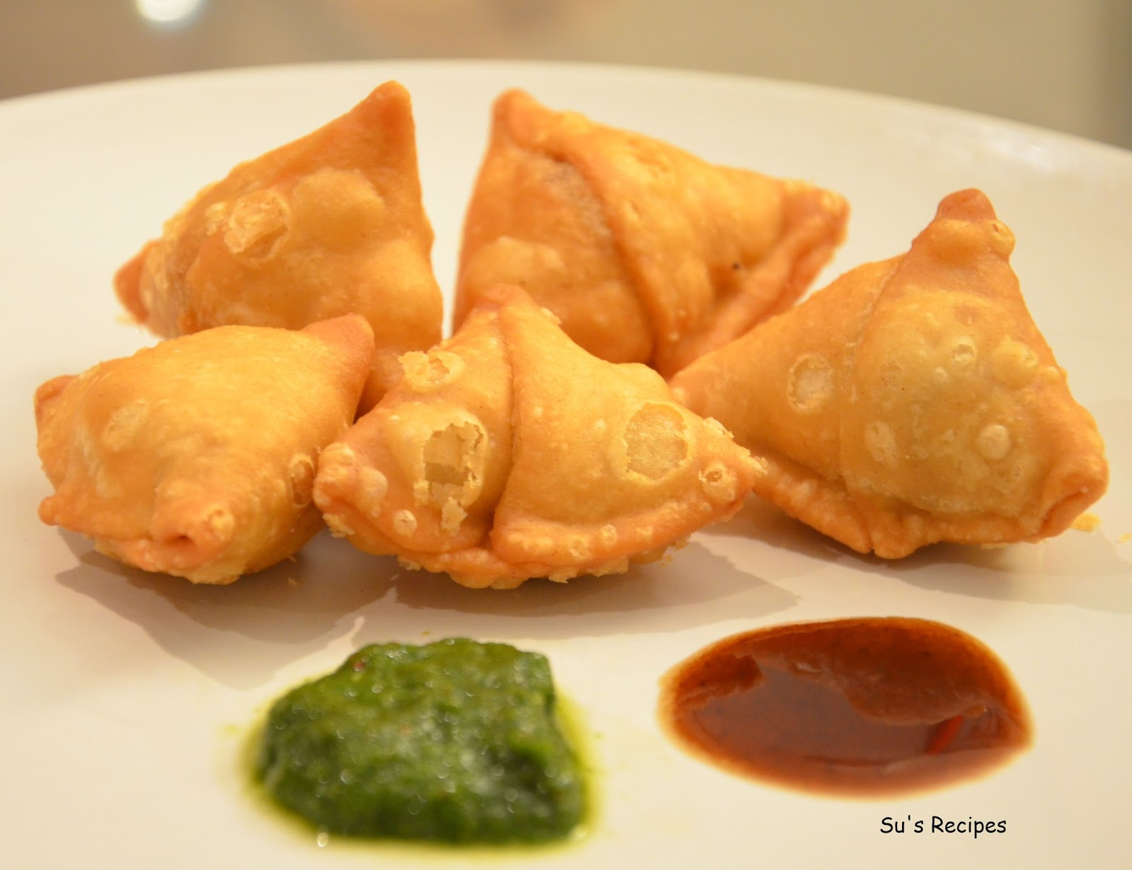 ... list and not mention the very popular samosas a samosa is a fried