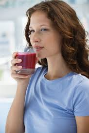 Pomegranate-juice-resolves-digestion-problems