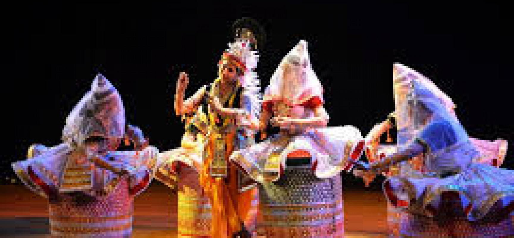 MANIPUR:IN THE LAND OF JEWELS