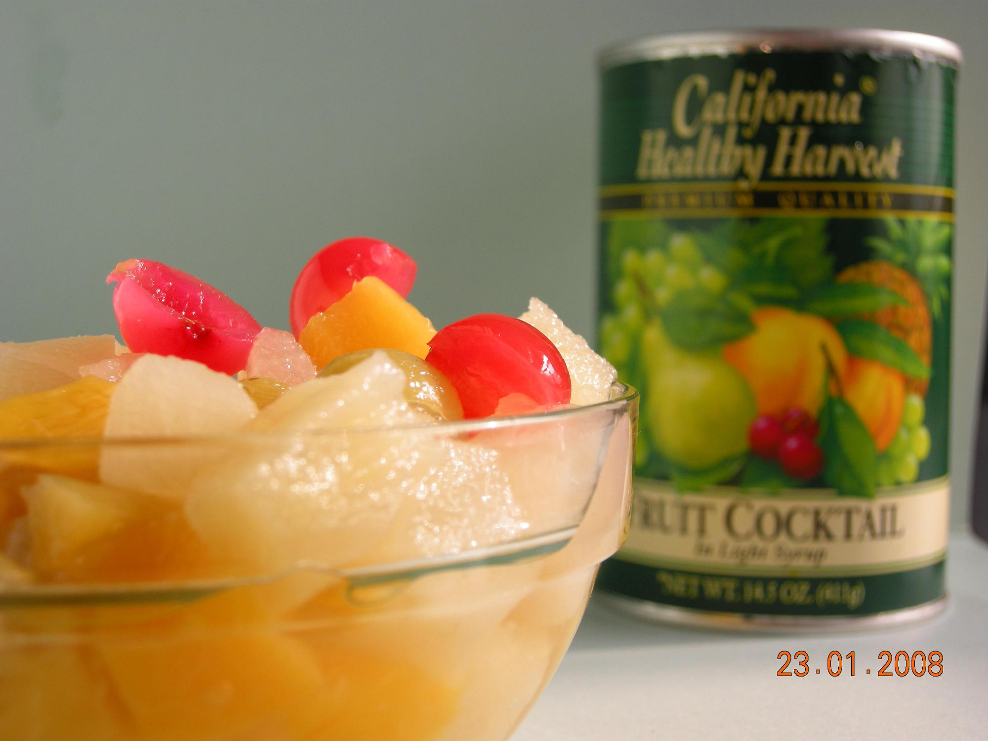 healthy food fruits and vegetables is canned fruit cocktail healthy