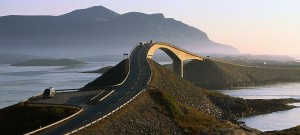 The-Atlantic-Road-Norway-740