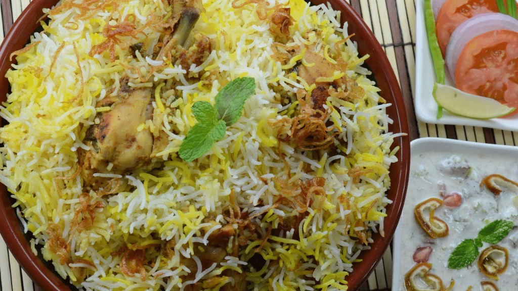 Hyderabad Chicken Dum Biryani