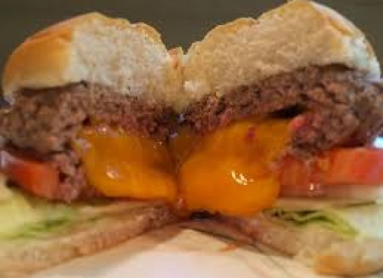 JUICY LUCY:The King of Burgers.