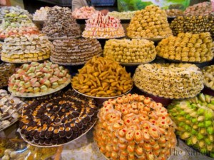 sale-of-sweets-cakes-up-manifold-ahead-of-eid-1375757760-6699