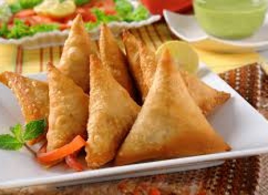 4 Reasons Why You Love Samosa