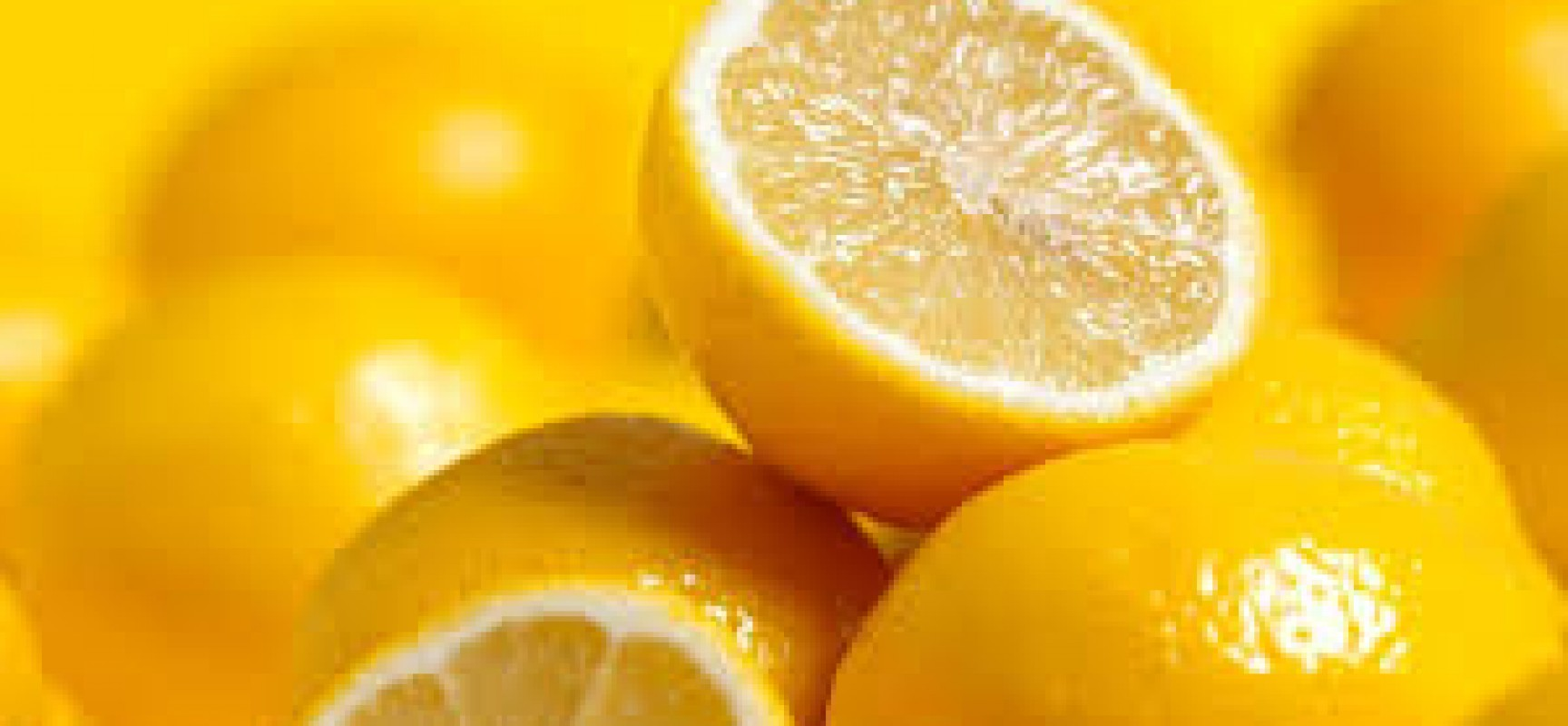 Few reasons why you should have lemons in your kitchen!!