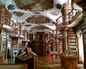 Stiftsbibliothek_St._Gallen_1